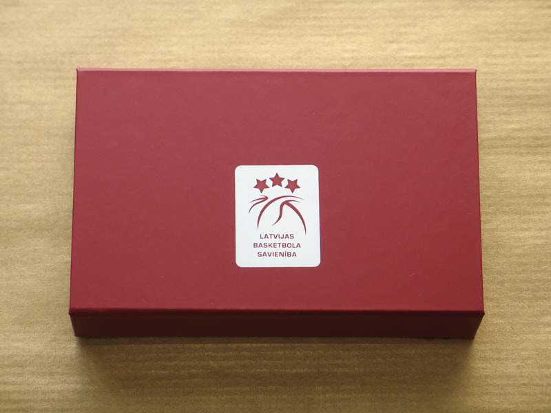 Promo Sweets - 6 Pralines with Hazel Nut Cream Filling in a Box with Magnet, 78g (13g x 6 pc)